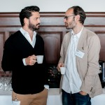 Dominik Stibal, Inhaber der Agentur Inhalt & Form im Gespräch mit  Pascal Urscheler von Farner Consulting